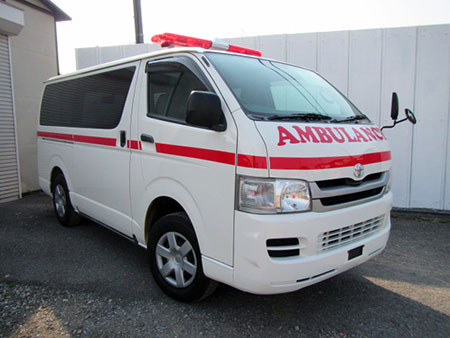 HIACE AMBULANCE